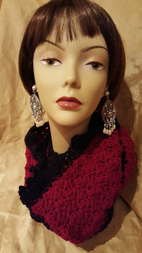 scarf on mannequin head