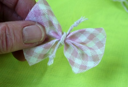 Shabby Chic Gift Tag - bow with knot tied