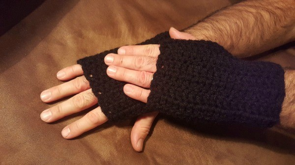 Crochet Men's Fingerless Gloves