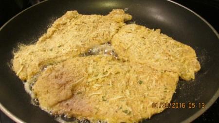 Homemade Chicken Parmesan | ThriftyFun