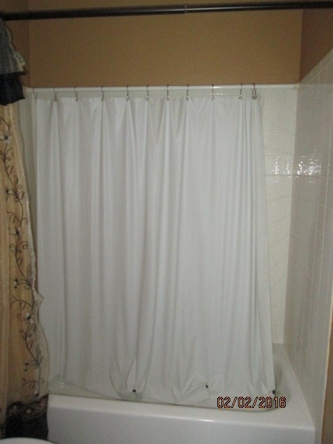 cleaning a shower enclosure thriftyfun. Black Bedroom Furniture Sets. Home Design Ideas