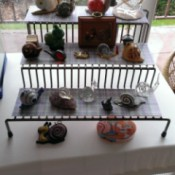 Upcycling Spice Rack for Figurine Display