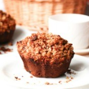 Banana-Cinnamon Muffins with Crumb Topping