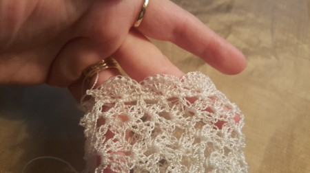Time For Tea Lace Gloves - the finished edge