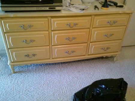 9 drawer yellow dresser