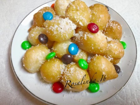 dessert cookies with M&Ms