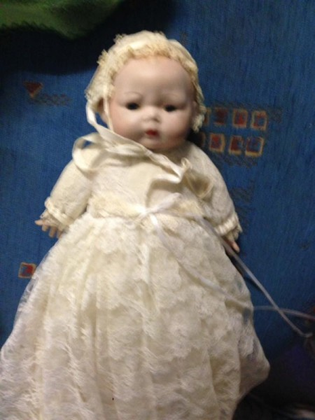 finding the current value of porcelain dolls