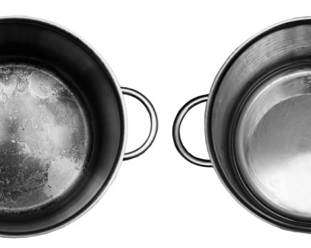 Pot with burnt residue on the left and the same pot cleaned on the right