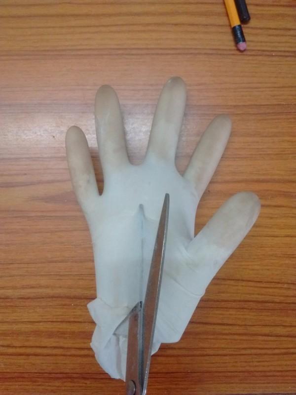 Simple Plaster Of Paris Hand Keyholder