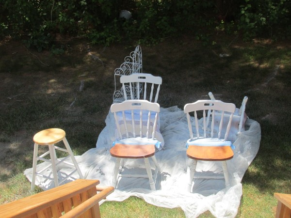 Refinishing my 44 year old kitchen set thriftyfun for Kitchen set for 3 year old