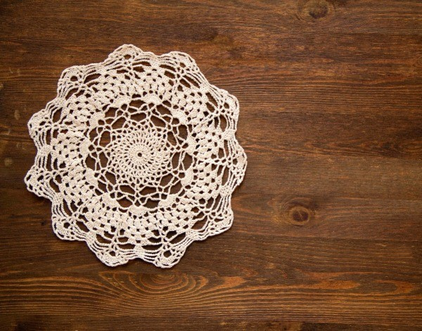 What are some tips for starching doilies?