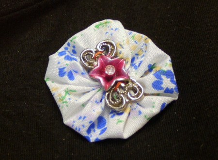 fabric yo yo brooch with decorative flower