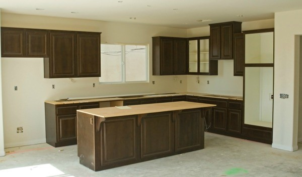Color suggestions for counter tops thriftyfun for Suggested colors for kitchens