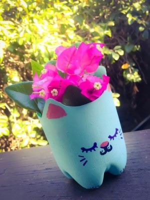 Crafts made with plastic bottles thriftyfun for Plastic bottle planter craft
