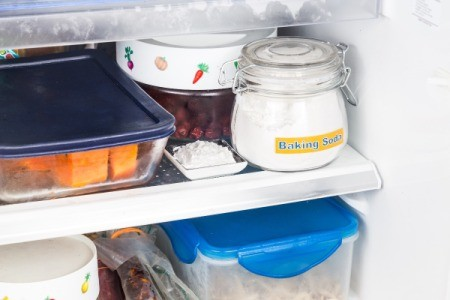 baking soda in fridge