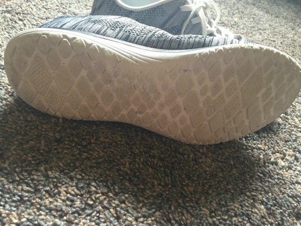 Cleaning White Shoes With Shout
