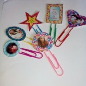 A variety of paper photo frame shaped paper clip bookmarks.