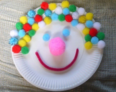 smiling clown paper plate craft