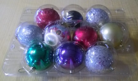 Apple Containers for Storing Christmas Ornaments