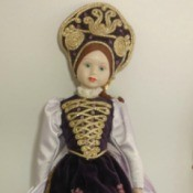Identifying a Porcelain Soft Body Doll
