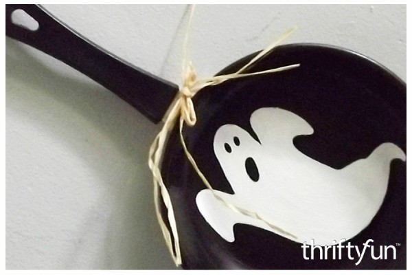 halloween recycled crafts thriftyfun. Black Bedroom Furniture Sets. Home Design Ideas