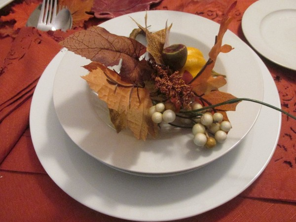 A leaf decoration for the place setting.