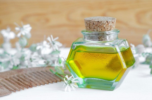 Oils to Prevent an Itchy Scalp