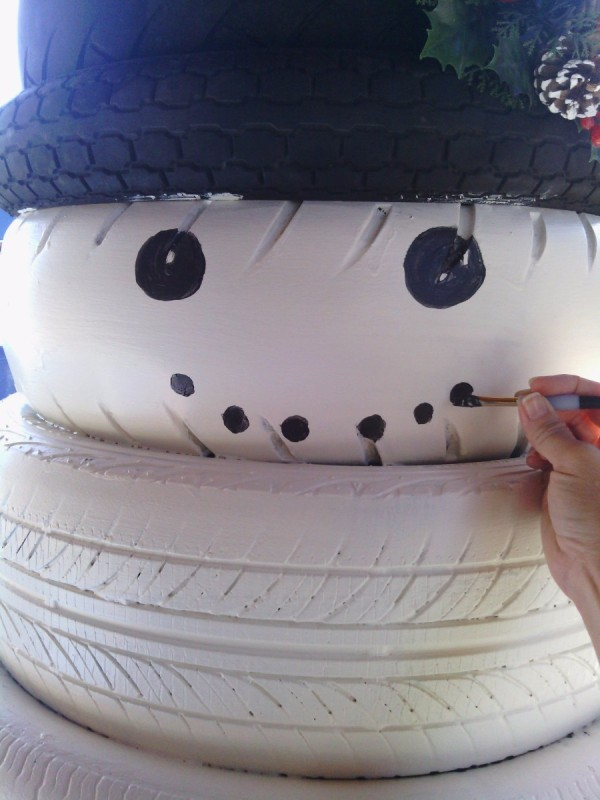 Making A Tire Snowman Thriftyfun
