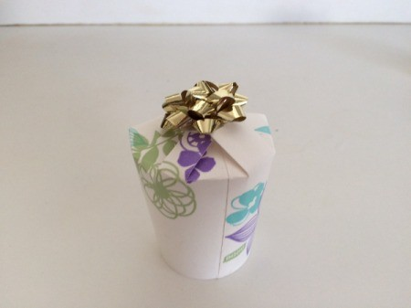 Paper Cup Gift Box - closed with a bow on top