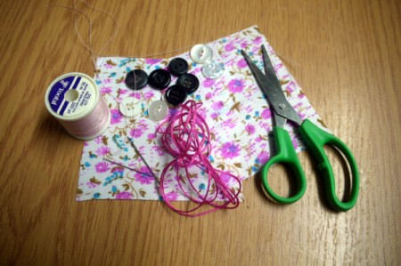 Fabric and Button Tic-Tac-Toe Game - supplies