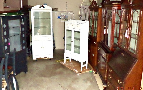 Selling Antique Furniture on the Internet