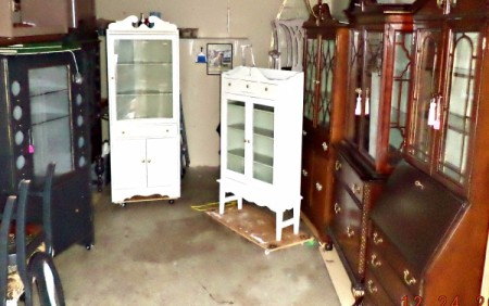 Selling Antique Furniture on the Internet  - photo of furniture