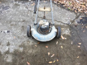 Information on Old Electric Lawn  Mower - old mower with round housing