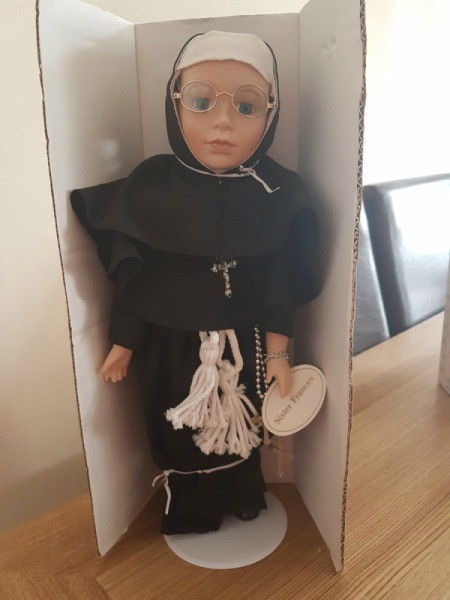 Value of Leonardo Collection Sister Francis Doll