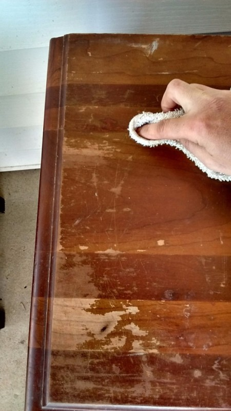 How to Fix Damaged Surfaces of Wood Furniture - rubbing furniture marking pen color into wood