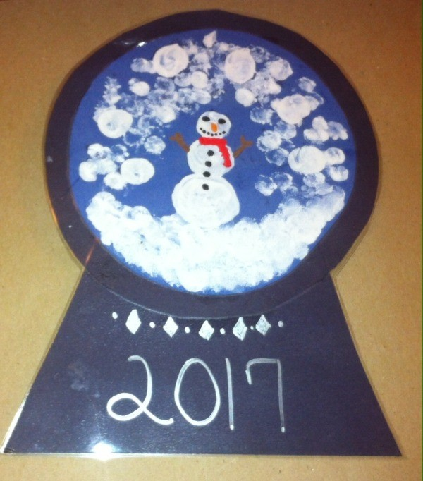 Fingerprint Snow Globe - completed snowman snow globe project