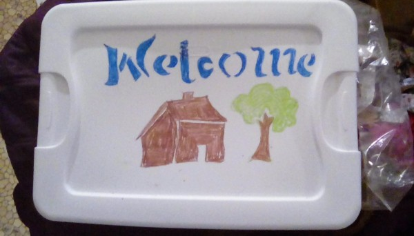 Hand-Drawn Stencils Using Crayons on Plastic Lid - crayon drawings