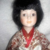 Finding the Value of Porcelain Dolls