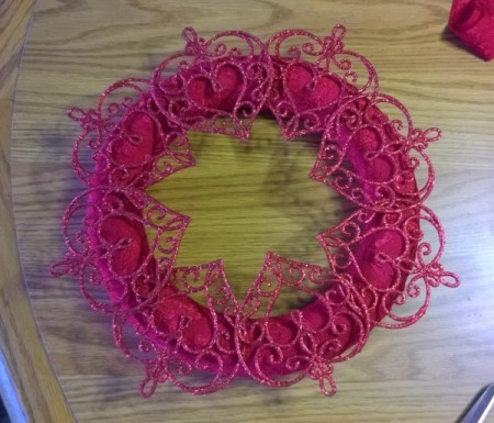 Romantic Wreath - attached hearts