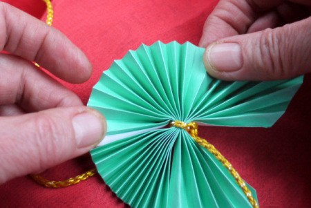 Pleated Paper Butterfly - stretch out the pleats