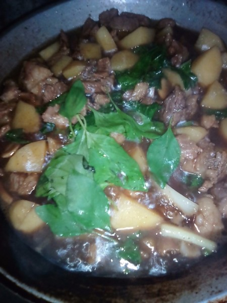 basil on beef stew