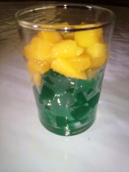 mango on gelatin in cup