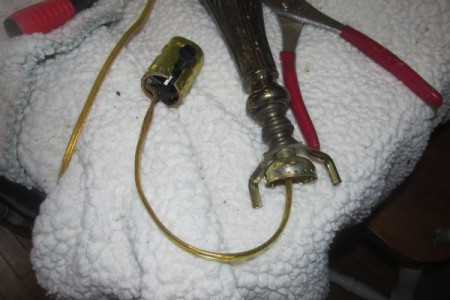 Rewiring a Living Room Lamp - socket removed