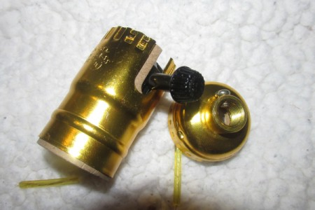 Rewiring a Living Room Lamp - remove brass covering on socket