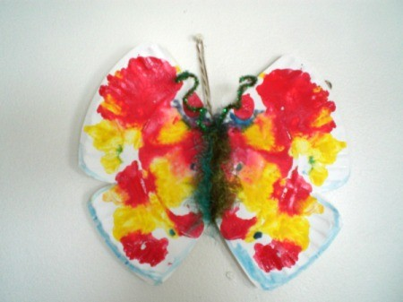 Make a Spring Butterfly from a Paper Plate - hanging butterfly