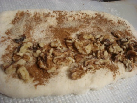 adding walnuts on dough
