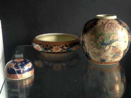 Value of Ceramic Bowls with Asian Motif - two bowls and a jar