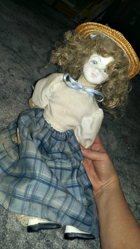 Information and Value of Porcelain Dolls