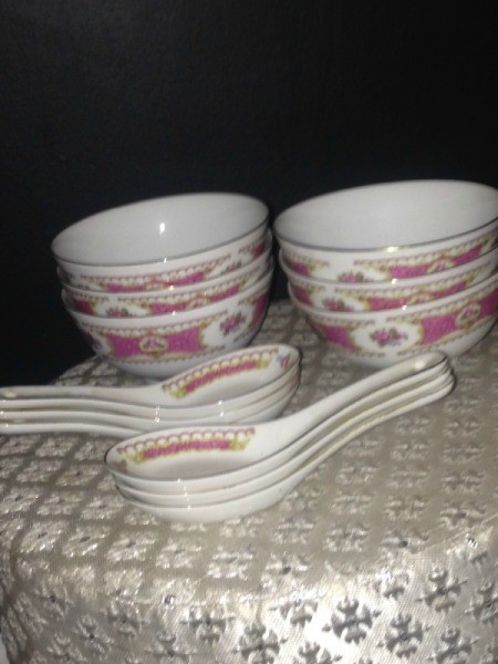 Value of Asian Soup Bowls and Spoons -  white china bowls with matching spoons