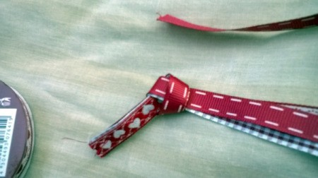 Revamp an Old Headband with Ribbon - tie a knot at the end